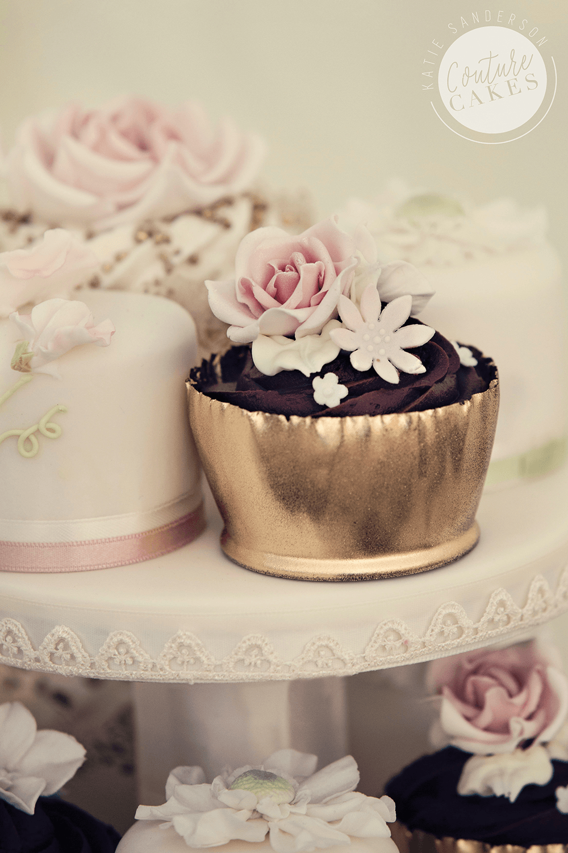 Mini Cakes £9 each