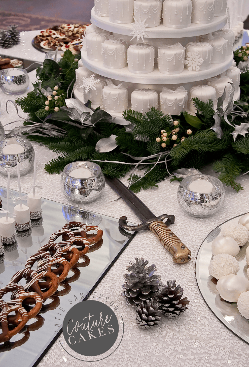 snowflake-dessert-table-2