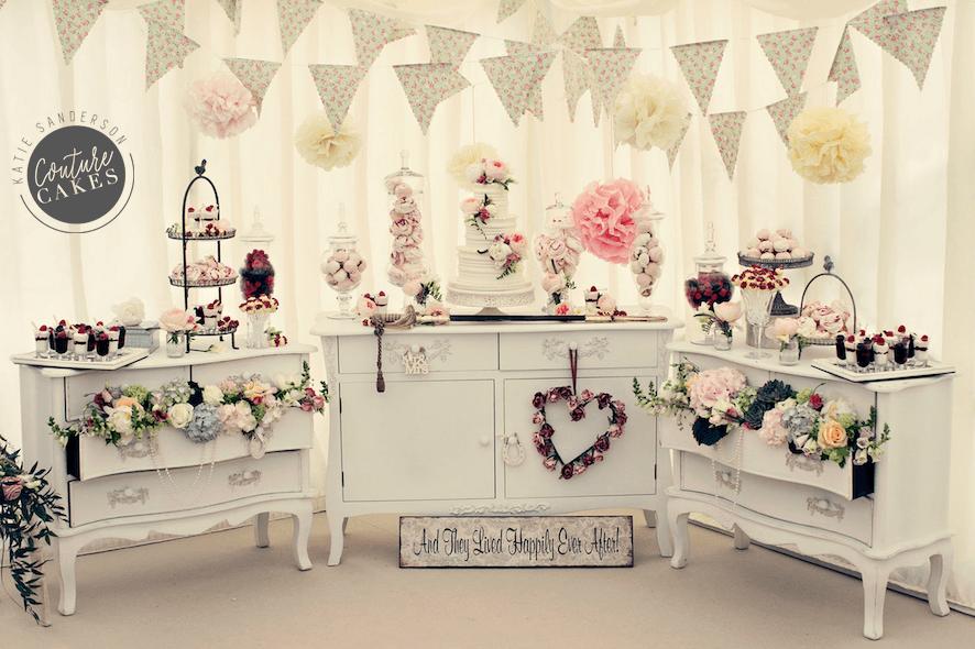vintage-dessert-cake-display-1