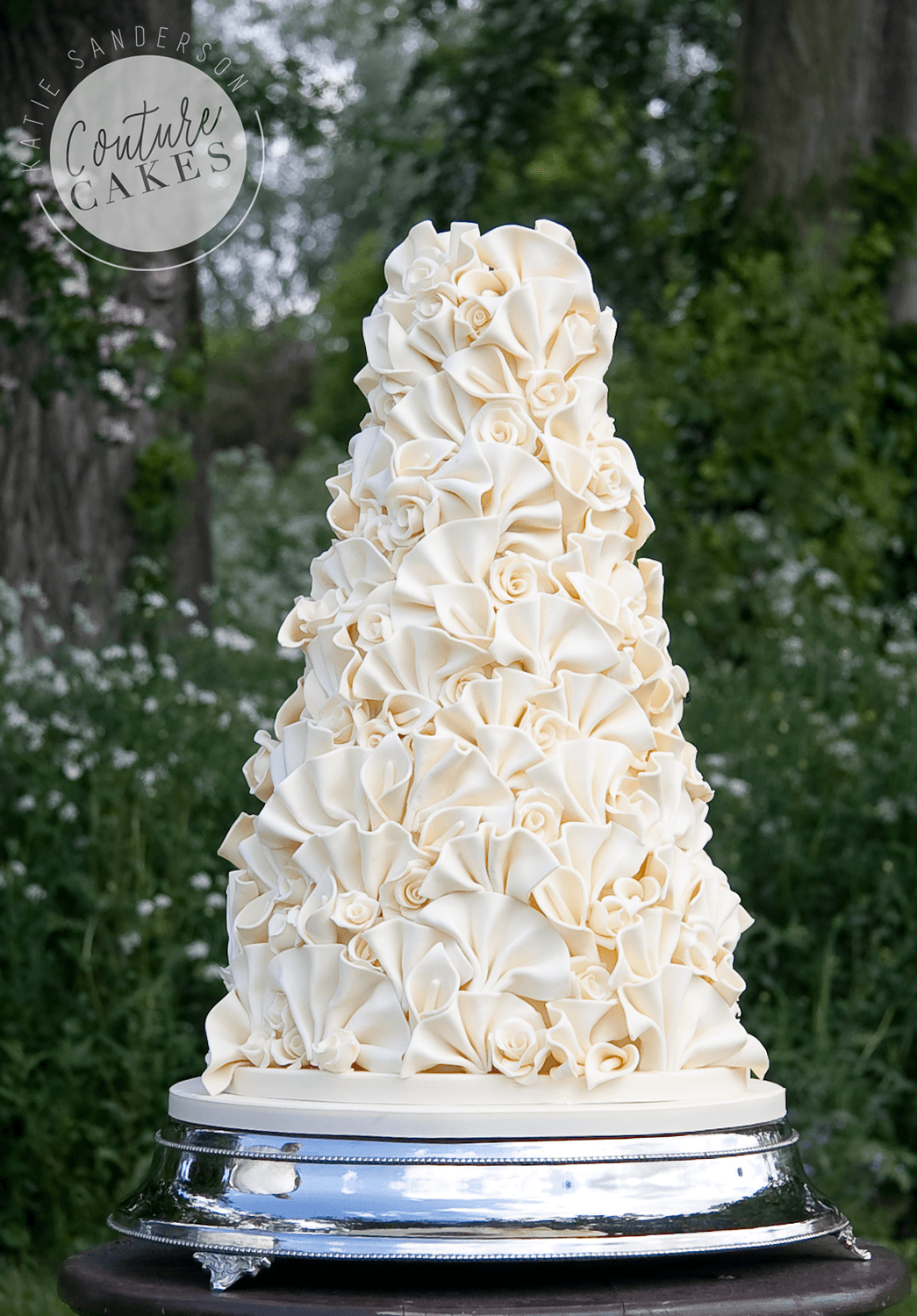 ruffled wedding cake tiered wedding cakes couture cakes 19457